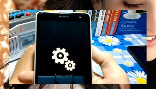 Mo-khoa-dien-thoai-Windows-Phone-Lumia-5 1